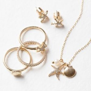 Chloe + Isabel Sur Mer Pendant Necklace